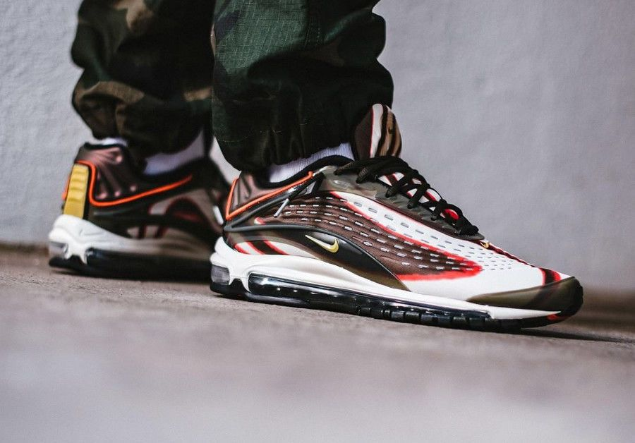 Nike Air Max Deluxe  0f43888c55f