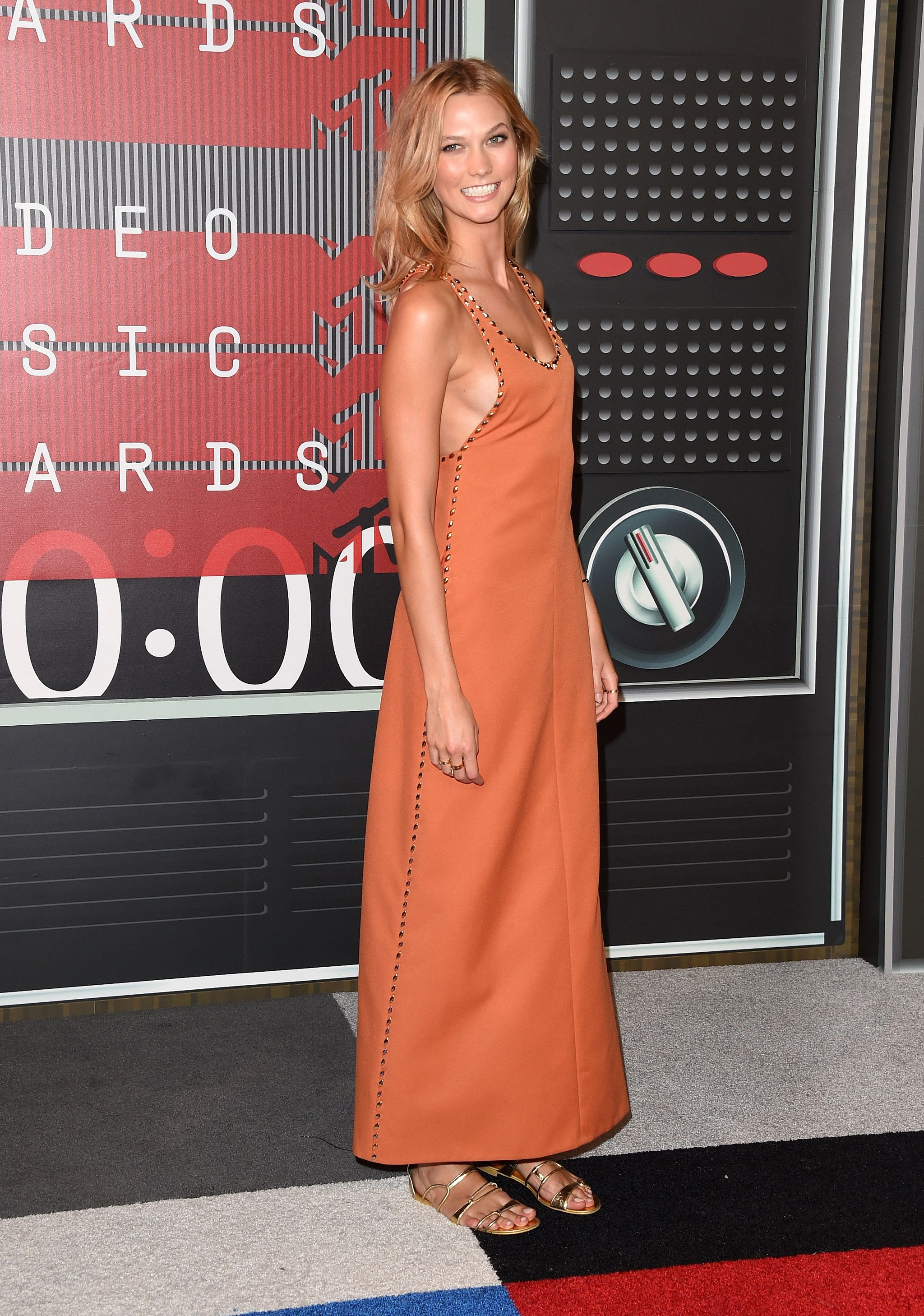 Roter Teppich Hollywood Kleider Karlie Kloss Style