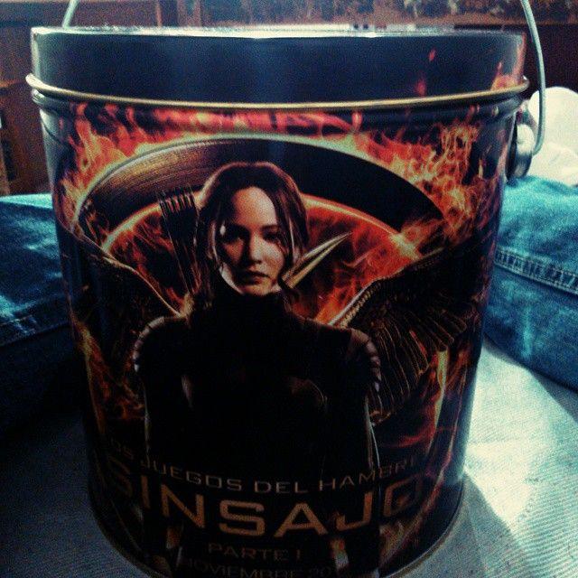"@xroswarsd5's photo: ""Genial tarde #LasToscas #ElSinsajoVive"" #sinsajo #mockingjay #popcorn"