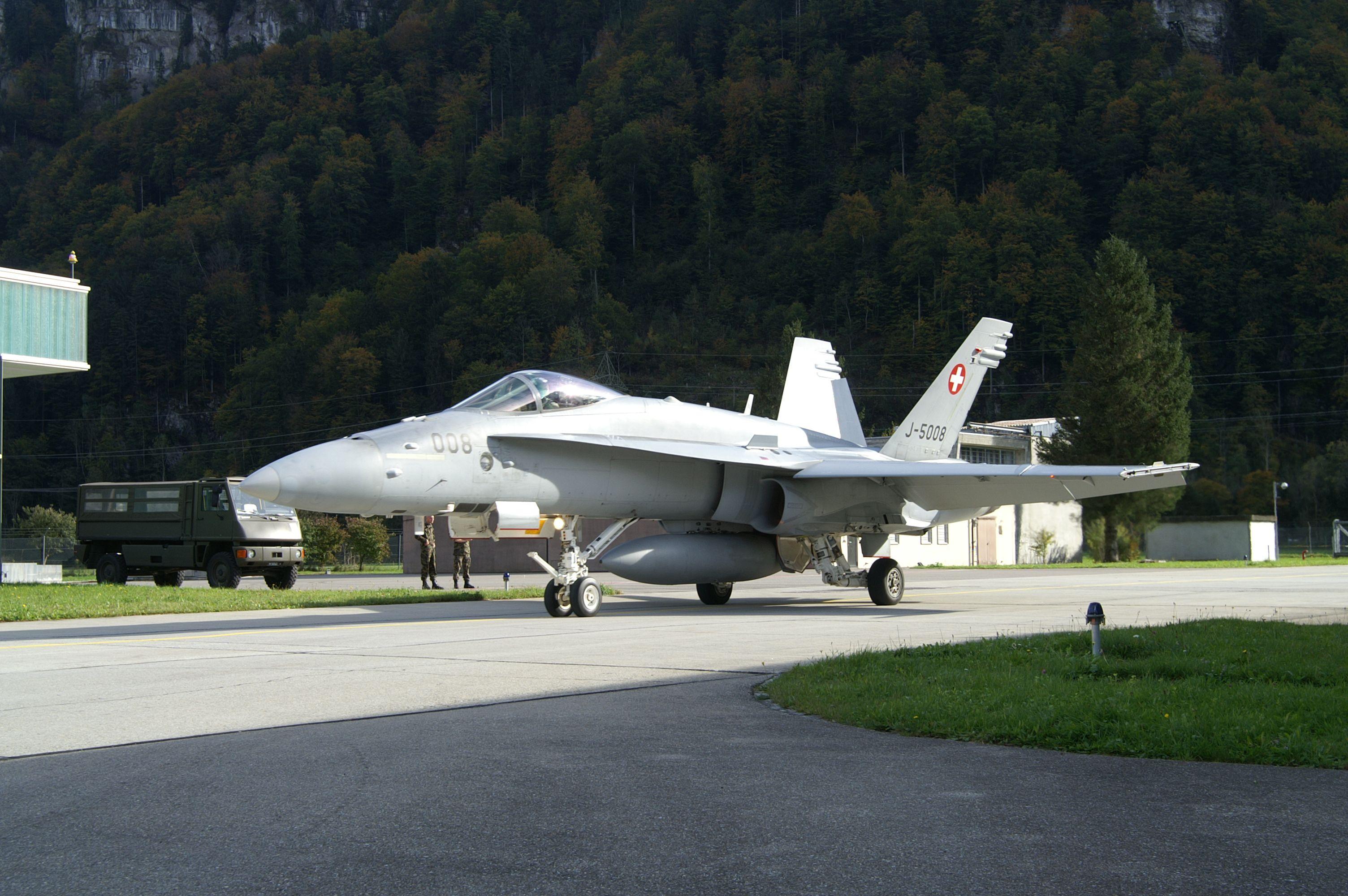 flgplz unterbach aviation swiss air air force und aviation. Black Bedroom Furniture Sets. Home Design Ideas