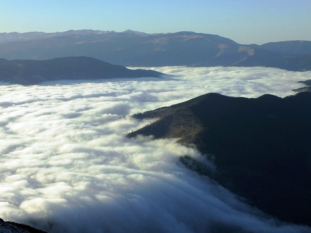 Cascata di nuvole | Dimensione: 367.29k | Risoluzione: 1077x808 | Copyright:   | Nikon Club Italia Forum > Galleria > Cascata di nuvole > Cascata di nuvole