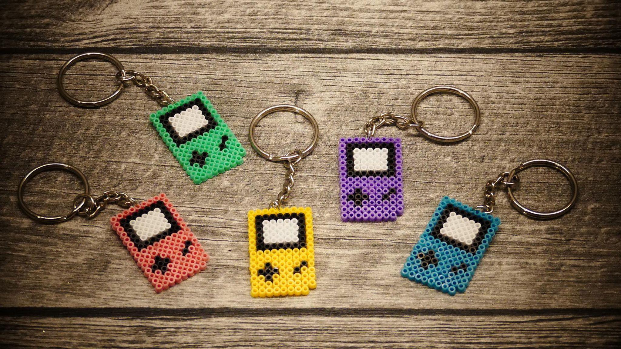 Bügelperlen - Schlüsselanhänger Gameboy, Nintendo | Kunst aus dem ...