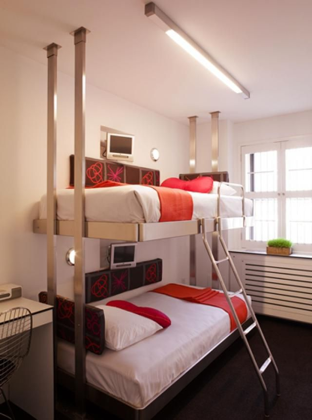 The 8 Best Budget Manhattan Hotels Of 2020 Modern Bunk Beds Pod Hotels Nyc Cheap Hotels