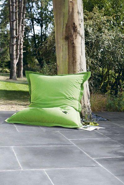 Revêtement terrasse, revêtement de sol extérieur en bois, en pierre