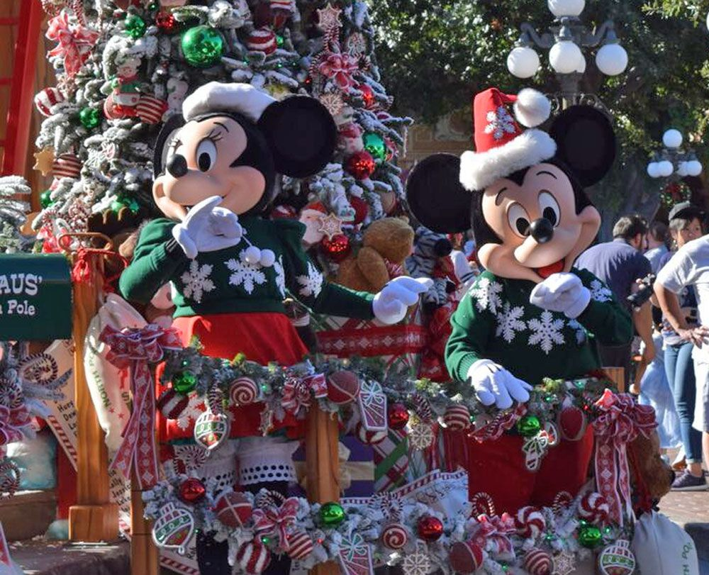 Disneyland Christmas Decorations Dates Rainforest Islands Ferry Pertaining  To Disneyland Christmas Decorations