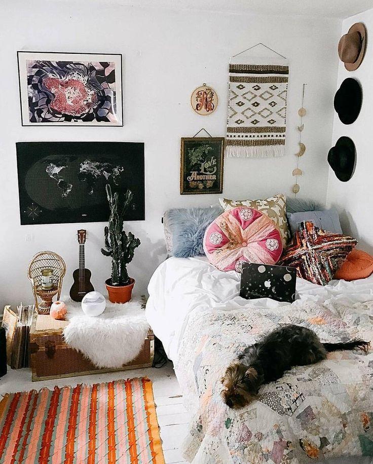 Pinterest Eydeirrac Dorm Room Wall Decor Aesthetic Room
