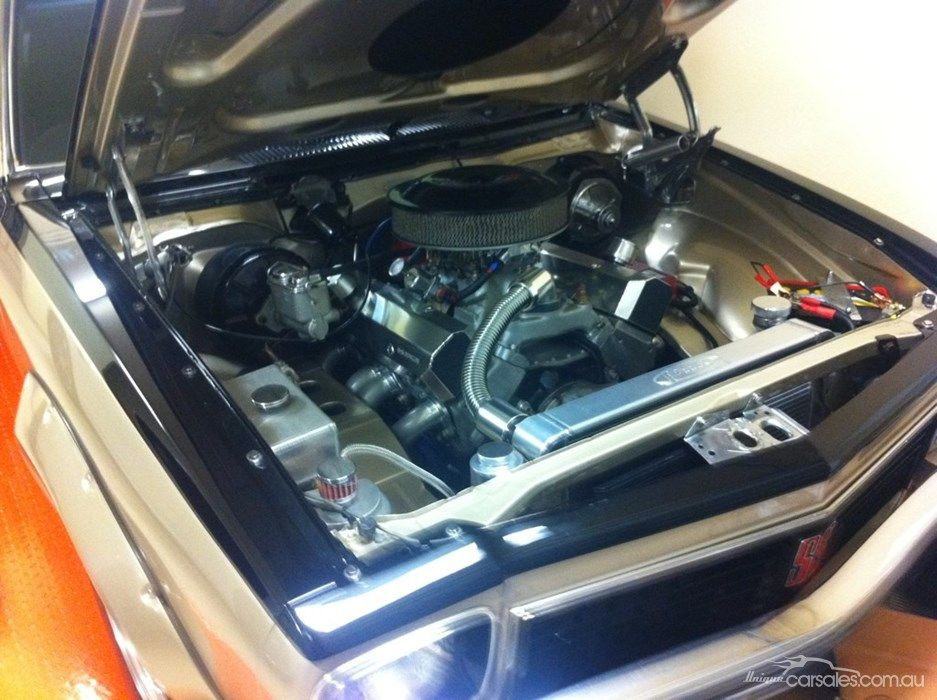 1976 HOLDEN TORANA LX SS...what an engine bay for a 76 car ...