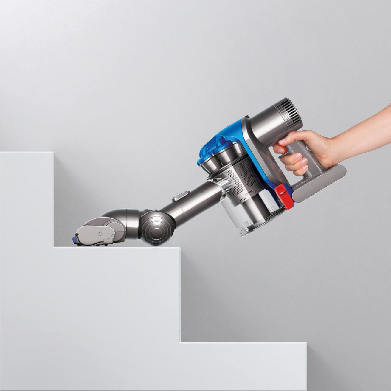 Continue reading for a great review of Dyson DC35 Vacuum Cleaner