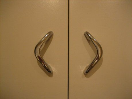 Where To Find Vintage Kitchen Cabinet Pulls From Youngstown Geneva And Other Makers Cabinets