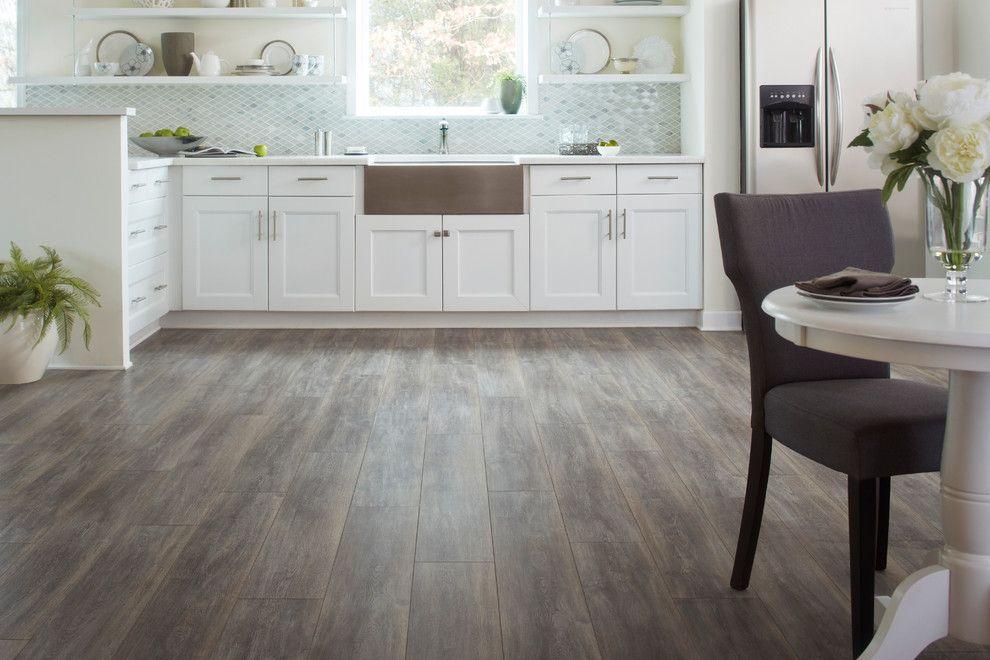 Durable laminate for any kitchen  2016 Home Inspiration