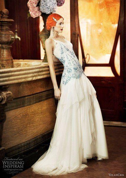 9133f71aeb2 Винтажные образы невест от Yolan Cris.
