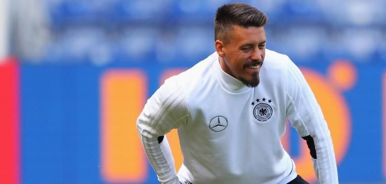 Sandro Wagner - L.... http://endless-supplies-de.myshopify.com/blogs/news/155870913-sandrowagnerlwmachtdenlautsprecheran?utm_campaign=social_autopilot&utm_source=pin&utm_medium=pin