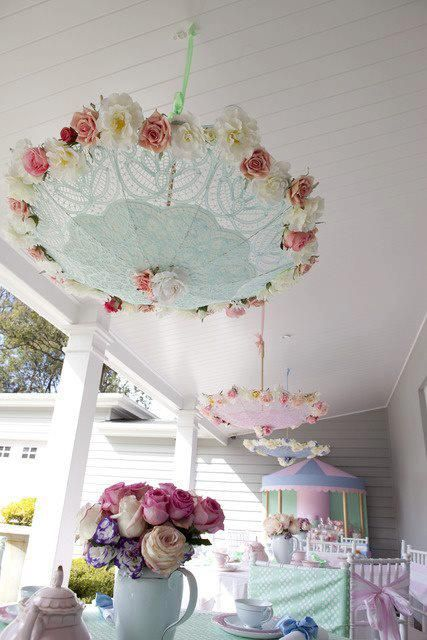 Tea party mary poppins style birthday party ideas for Baby shower umbrella decoration ideas