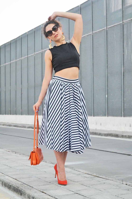 Read here about Mariagrazia's Look: http://www.venusathermirror.it/la-gonna-a-ruota-che-ruba-il-cuore/ #venusathermirror #mariagraziaceraso | SHOP ONLINE ON: www.alteregodresstore.com | MAIN SITE: www.alteregodress.com . . .  #fashionblogger #alteregodress #fashion #outfits