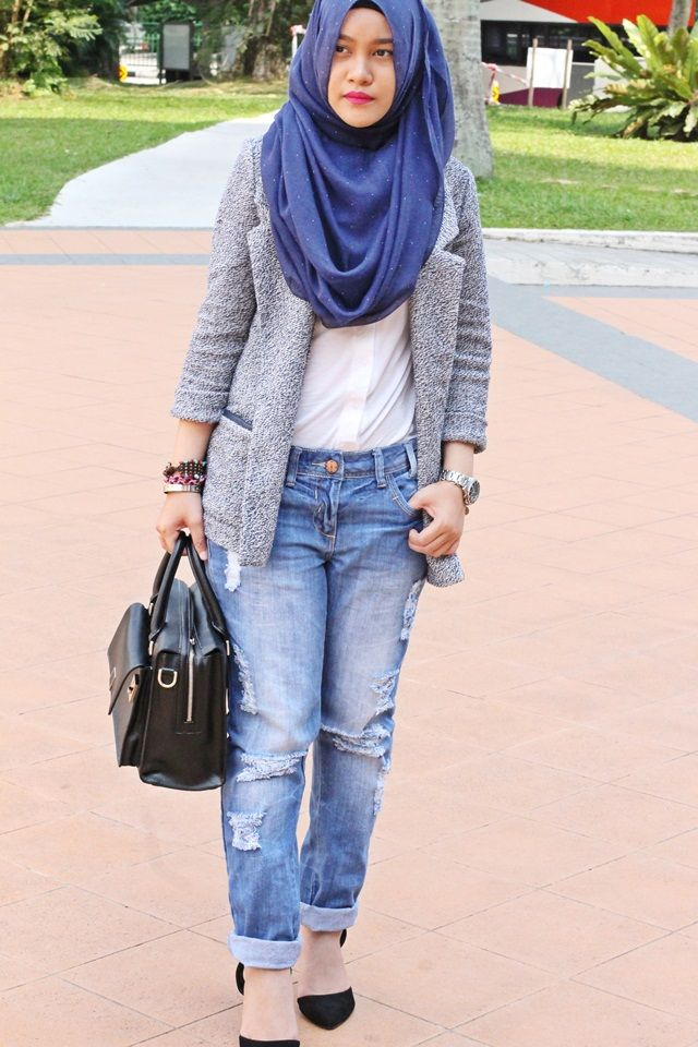 Hijab outfits with jeans - Google Search | Hijab Styles OOTD | Pinterest | Hijab outfit ...