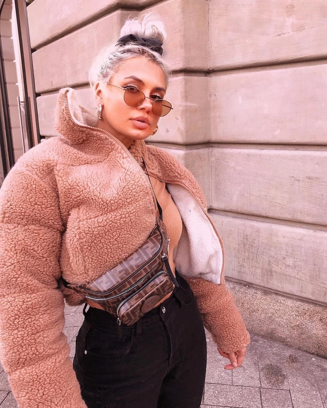 "6b14cd65ae1457 MISSGUIDED on Instagram  "" adds to bag  ⚡💖⚡💖  jazzersxx being a babe in  the  tan reversible crop borg puffer jacket  (£65  97)  babesofmissguided"""