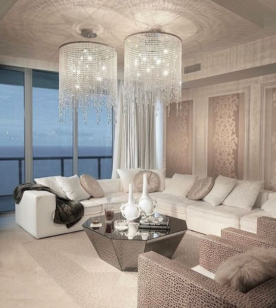 Glamour and elegant living room with crystal chandeliers designs