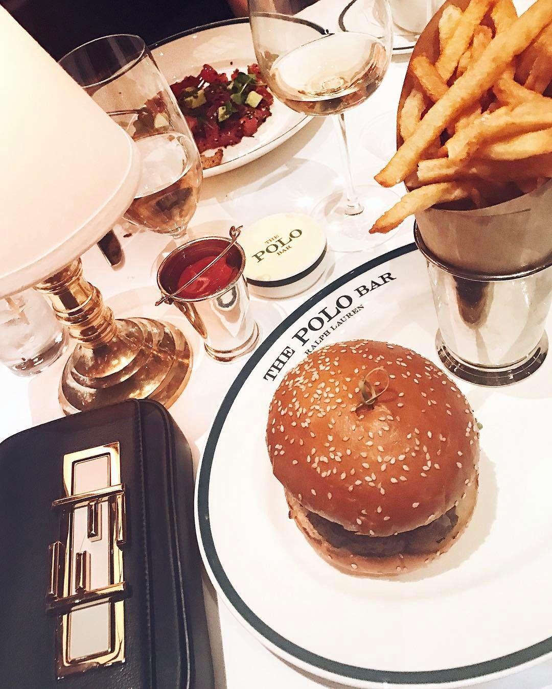 Jantar em um dos meus lugares preferidos de NY!  Adoro a decoração clima descontraído e comida deliciosa  Além de só ter gente linda!