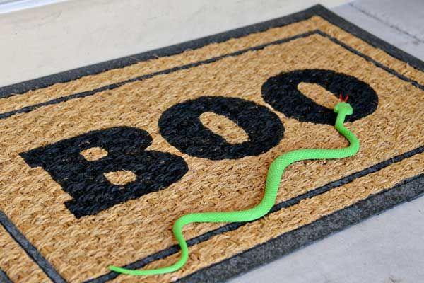 DIY Doormat Halloween Decoration Craft Halloween Pinterest - fun homemade halloween decorations