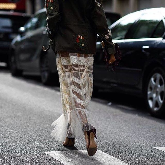 #parismensfashionweek photo by @shootingthestyle @bof #style#styling#stylish#street#streetstyle#fashion#fashionable#cool#instamood#instafashion#woman#women#womensfashion#womensstyle#moda#shoes#loveit#streetlook#sexy#instyle#tagsforlikes#luks#followme#luxury#blogger#fashionweek#luxurystyle#luxuryfashion#pmfw