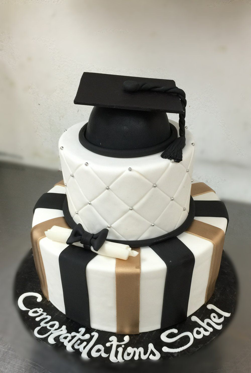 Black Amp Gold Graduation Cake Birthday Cakes Cake