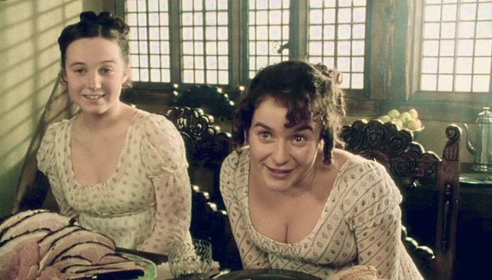 Pride And Prejudice 1995 Starring Polly Maberly As Kitty Bennet And Julia Sawalha As Lydia Bennet Pride And Prejudice Julia Sawalha British Period Dramas