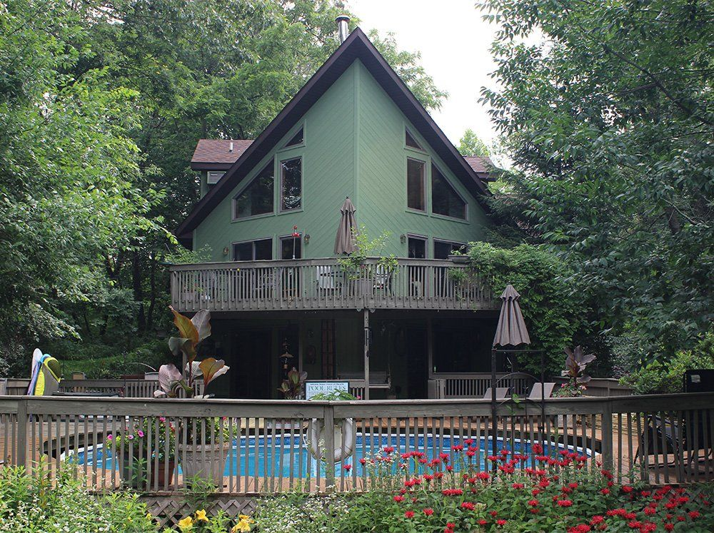 Chesterton, Indiana Bed and Breakfast At Home In The