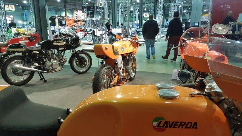 Moto Officina stand www.moto-officina.com #motoofficina #laverda