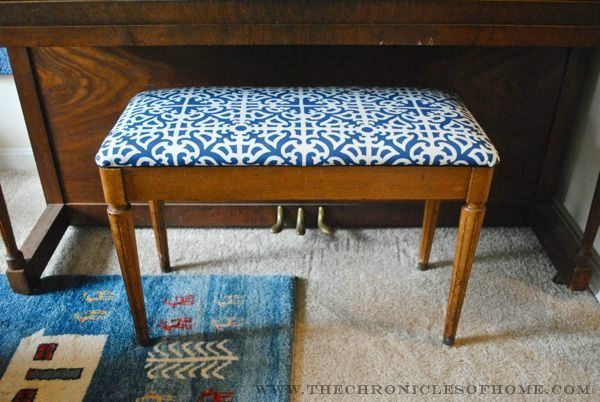 Tutorial How To Reupholster A Bench With Rounded Corners Furniture Upholstery Furniture Fix Piano Bench