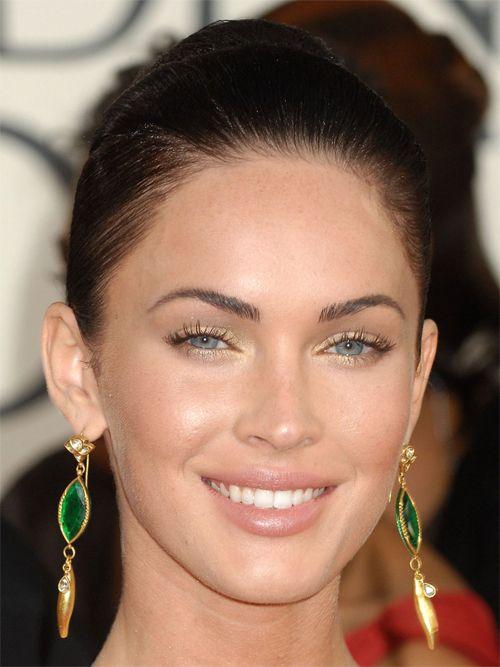 Pin By Claudia Aguilar On Hair And Makeup Megan Fox Photos Megan Fox Gold Eyeshadow