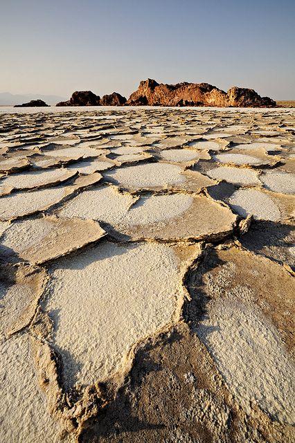 Lake Assal . Danakil desert . Ethiopia http://www.search-et.com/ http://www.cars-et.com/ http://www.realestate-et.com/