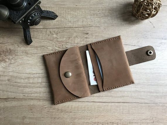 Handmade bifold small leather wallet with round cut flap closure