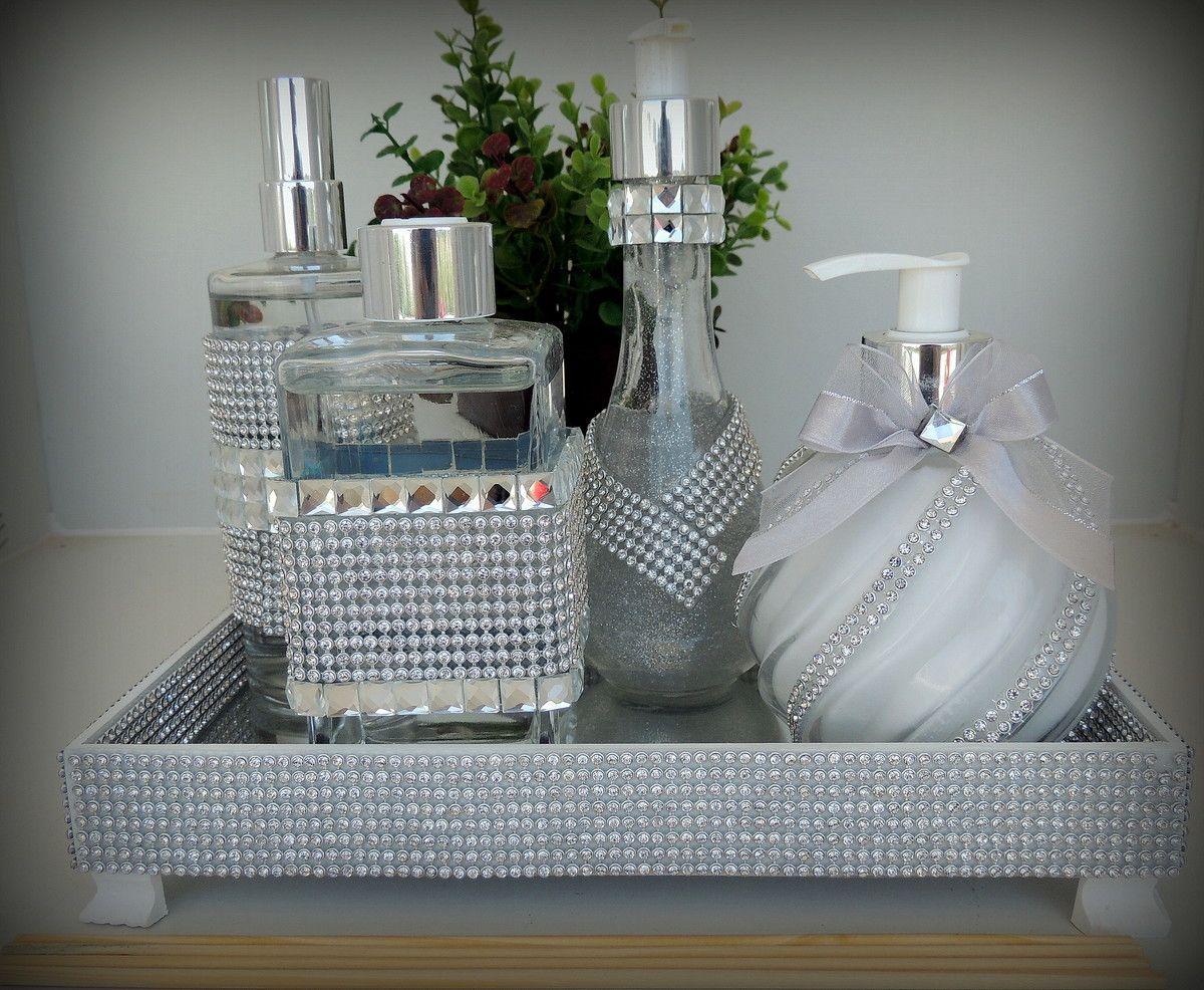 Adesivo De Banheiro Pastilha ~ Vidros decorados mais bandeja em espelho, strass e chaton prata sendo Vidro modelo laque 230 ml