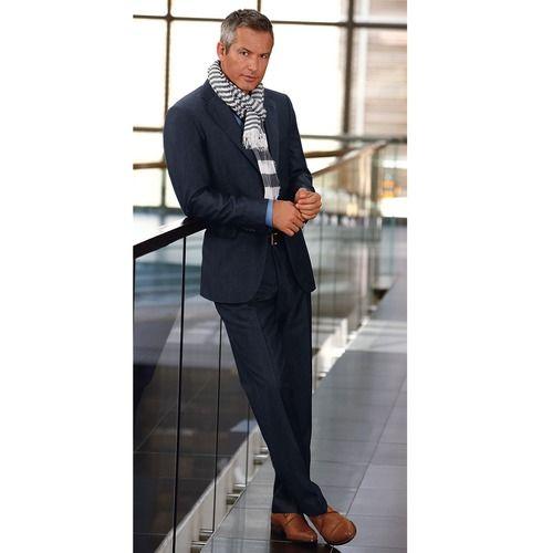 Costume bleu nuit chaussure marron - Labrocantederosalie.fr 01247001d1f