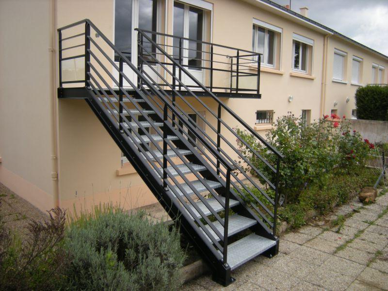 Escalier Extérieur Bois Design Métallerie outdoor staircase - fabriquer escalier exterieur bois