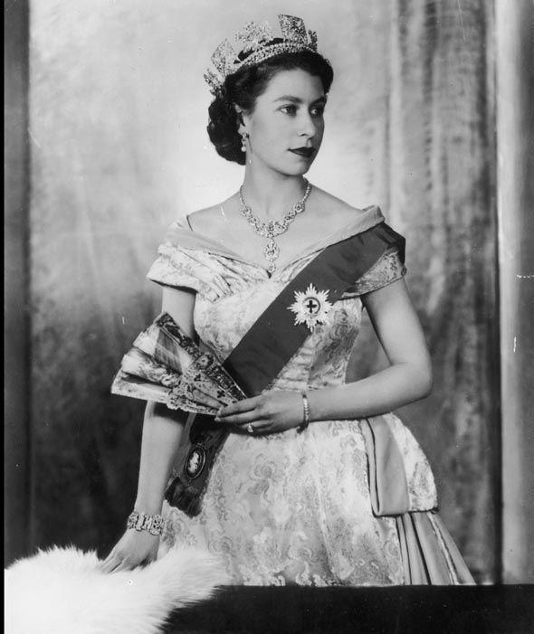 Queen Elizabeth II becomes Britain's longest reigning monarch ...