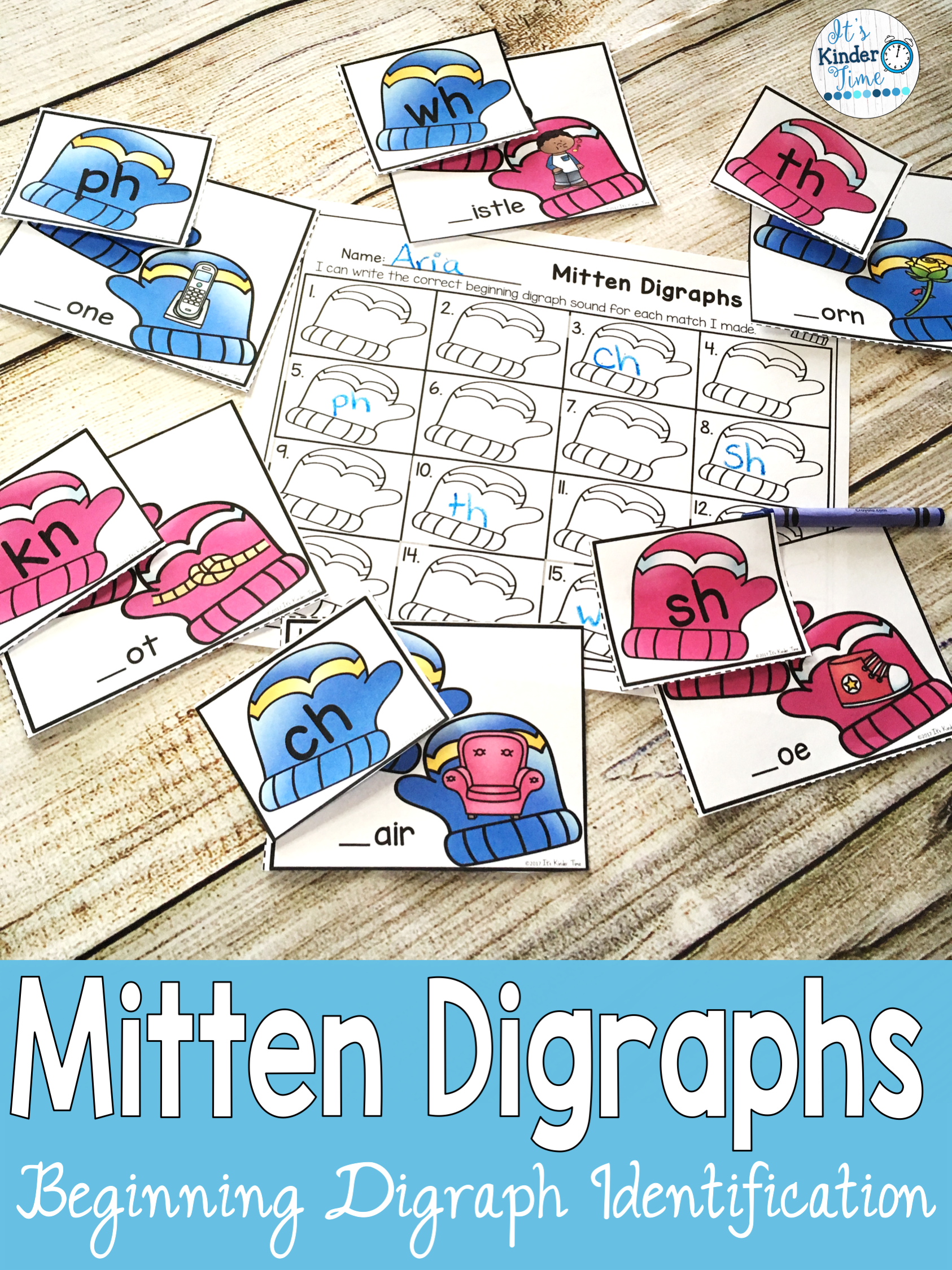 Mitten Digraphs