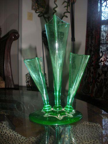 Vintage Beautiful Green Art Glass Steuben Vase Signed Pinterest