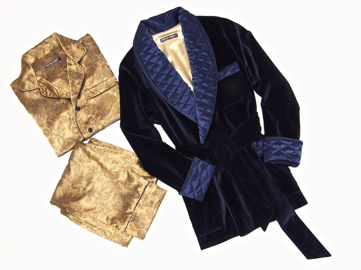 Standards /& Practices Modern Women/'s Black Velvet Wrap Satin Belt Smoking Jacket