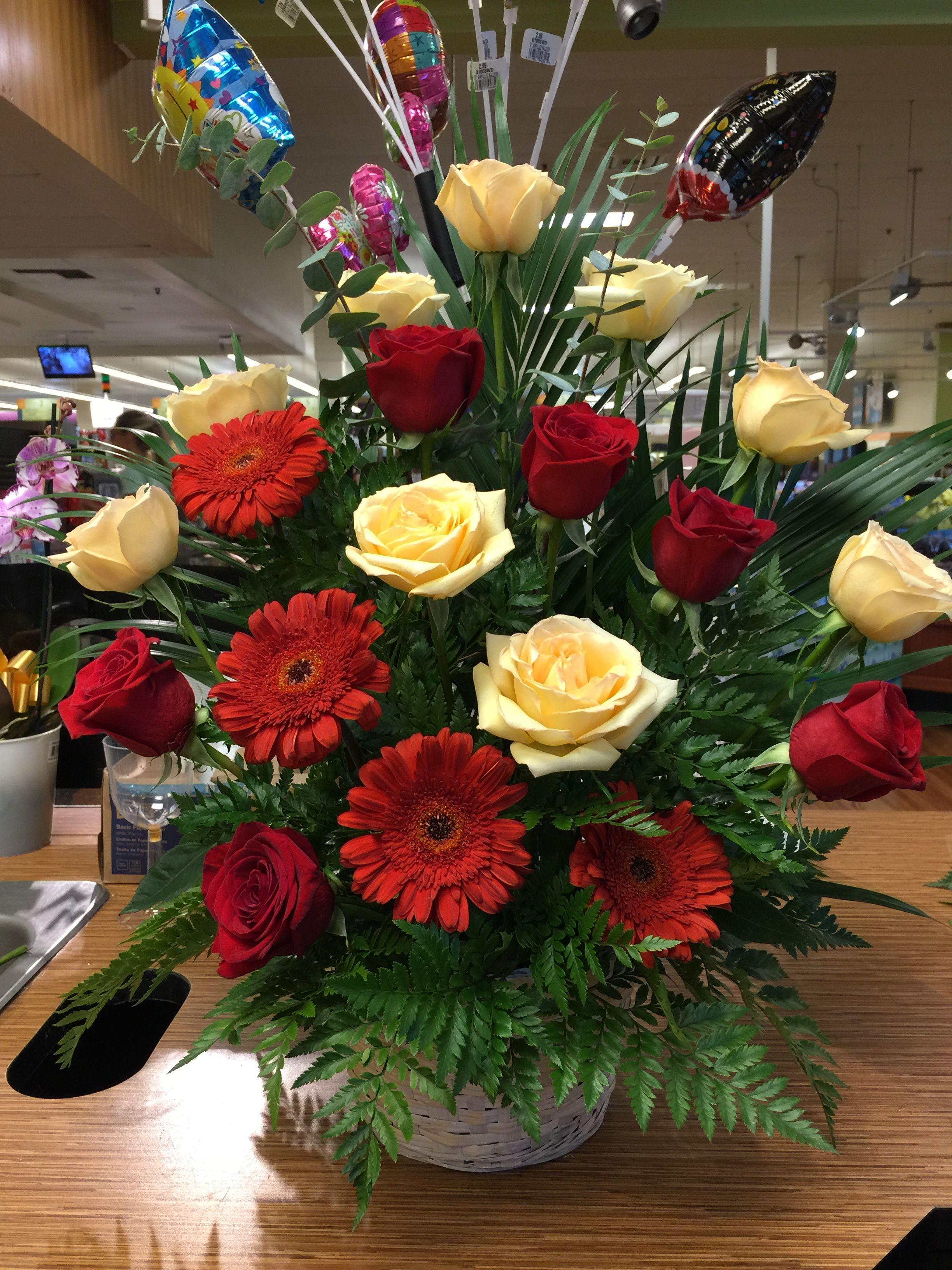 Por Que Eres La Mujer De Mi Vida La Mas Importante Y Esta Es Una De Las Man Arreglos Florales Tropicales Bellos Arreglos Florales Arreglos Florales Sencillos