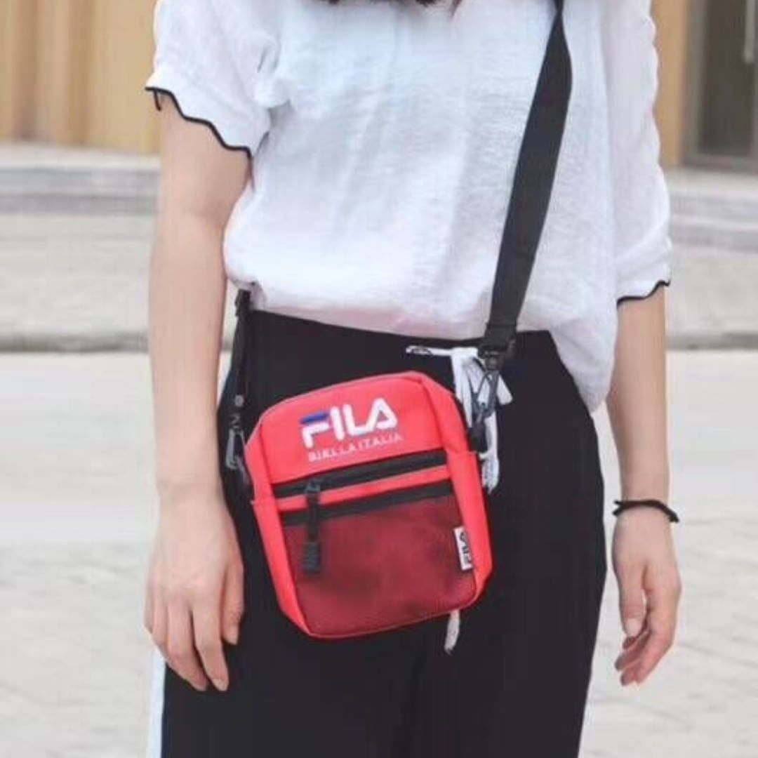 6110a1a742 Fila men and women four-color crossbody bag couple models  whatsapp +14074764320