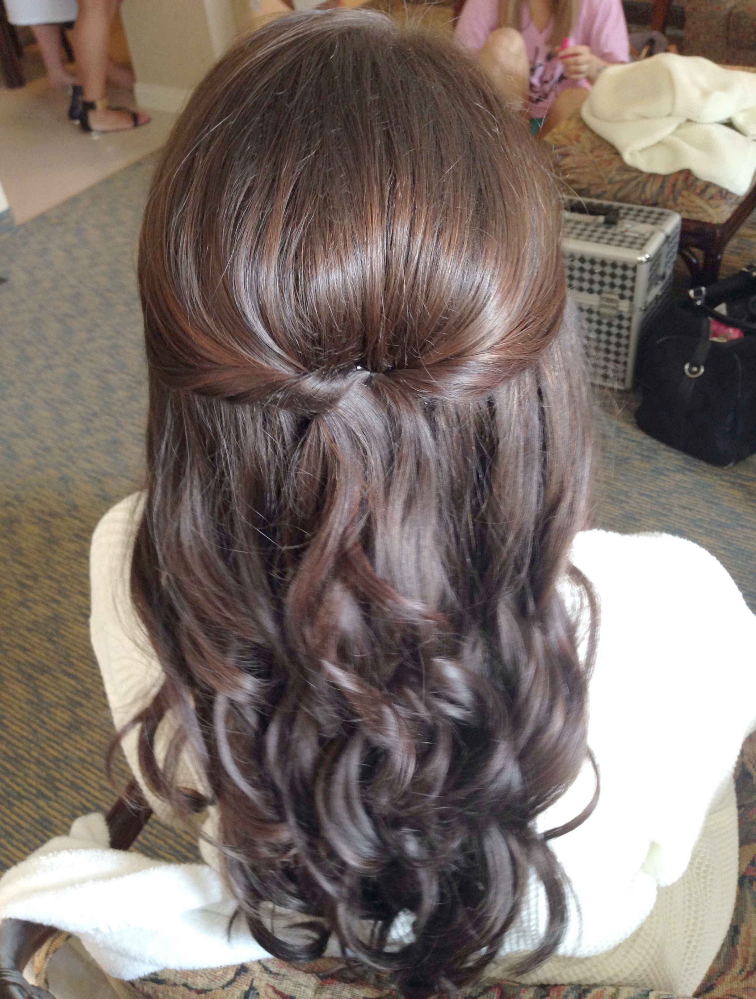 Wedding Hairstyles To Do At Home Simple Wedding Hairstyles Half Up Half Down Weddinghairstyles Medium Hair Styles Hair Styles Long Hair Styles