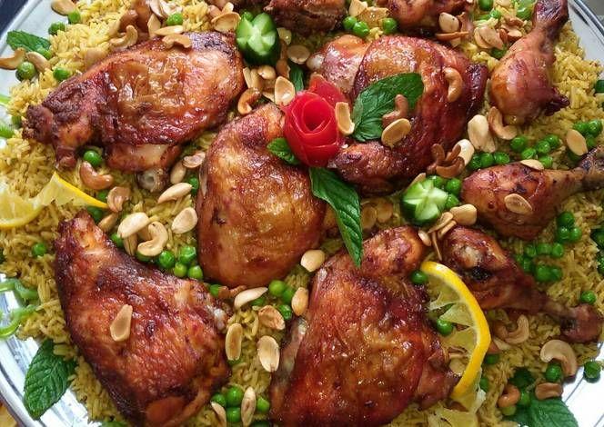 كبسة بالدجاج بالصور من أم عمر Recipe Arabian Food Food Chicken