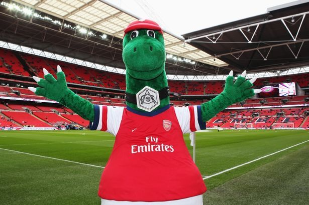 Exclusive Football Manager 2017 S New Mascot On Touchline Feature Revealed Arsenal Football Manager British Football