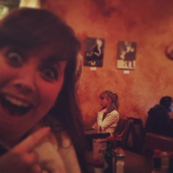 This would be my reaction to seeing Taylor Swift in a Restraunt!
