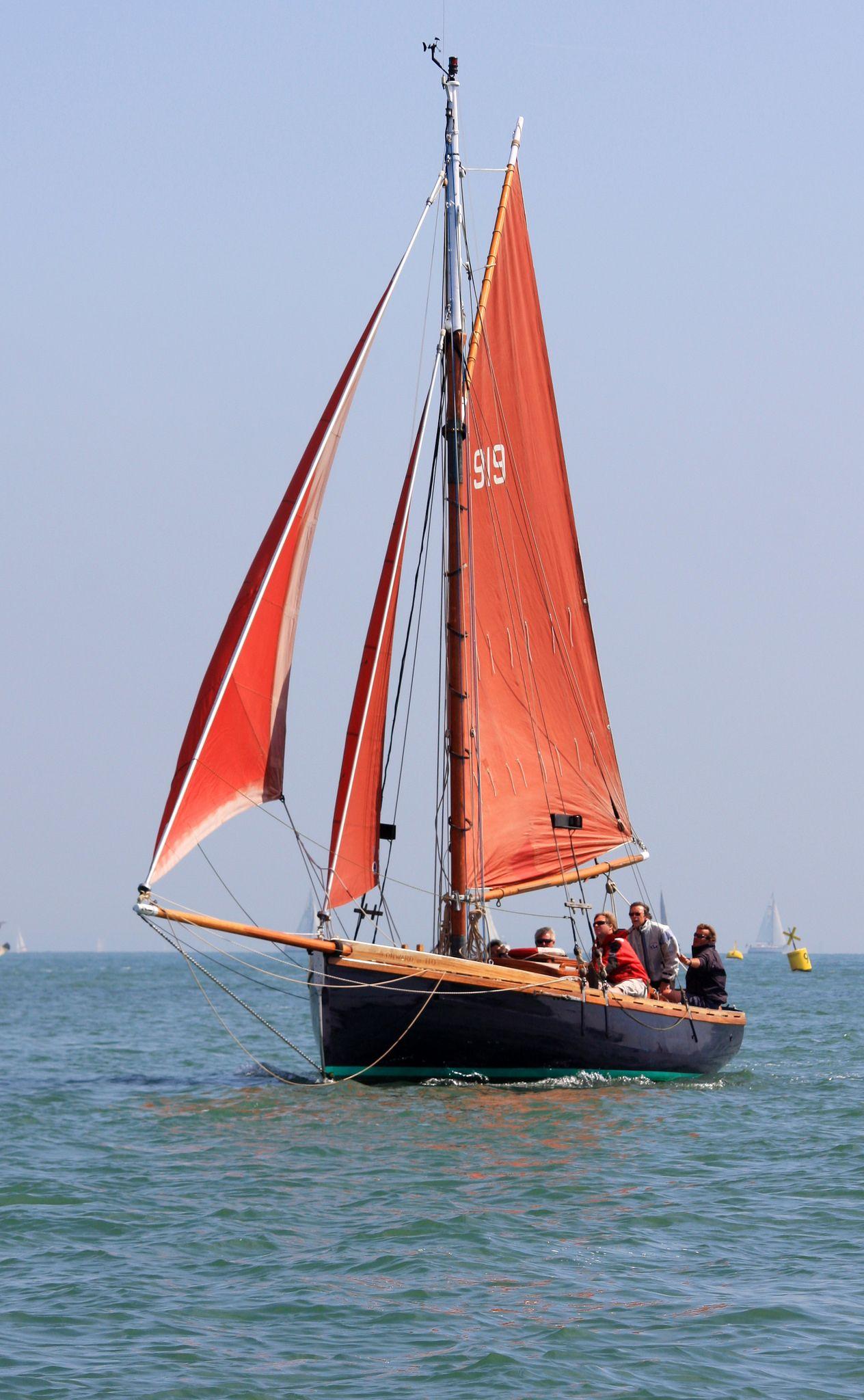 Old Gaffer Boat Small Sailboats Sailing
