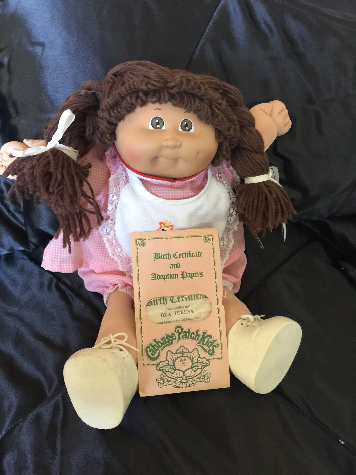 Original 1985 Cabbage Patch Collectible Doll With Birth Certificate And Adoption Papers Bea Te Cabbage Patch Kids Dolls Cabbage Patch Dolls Cabbage Patch Kids