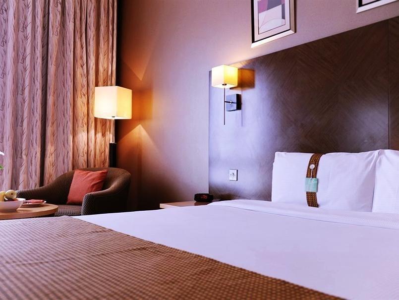 Holiday Inn Kuwait Downtown Hotel Kuwait, Kuwait