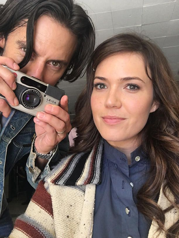 Mandy Moore As Rebecca This Is Us Go Behind The Scenes Of The Hit Show Ew Com Milo This Is Us Mandy Moore Mandy Moore Milo Ventimiglia
