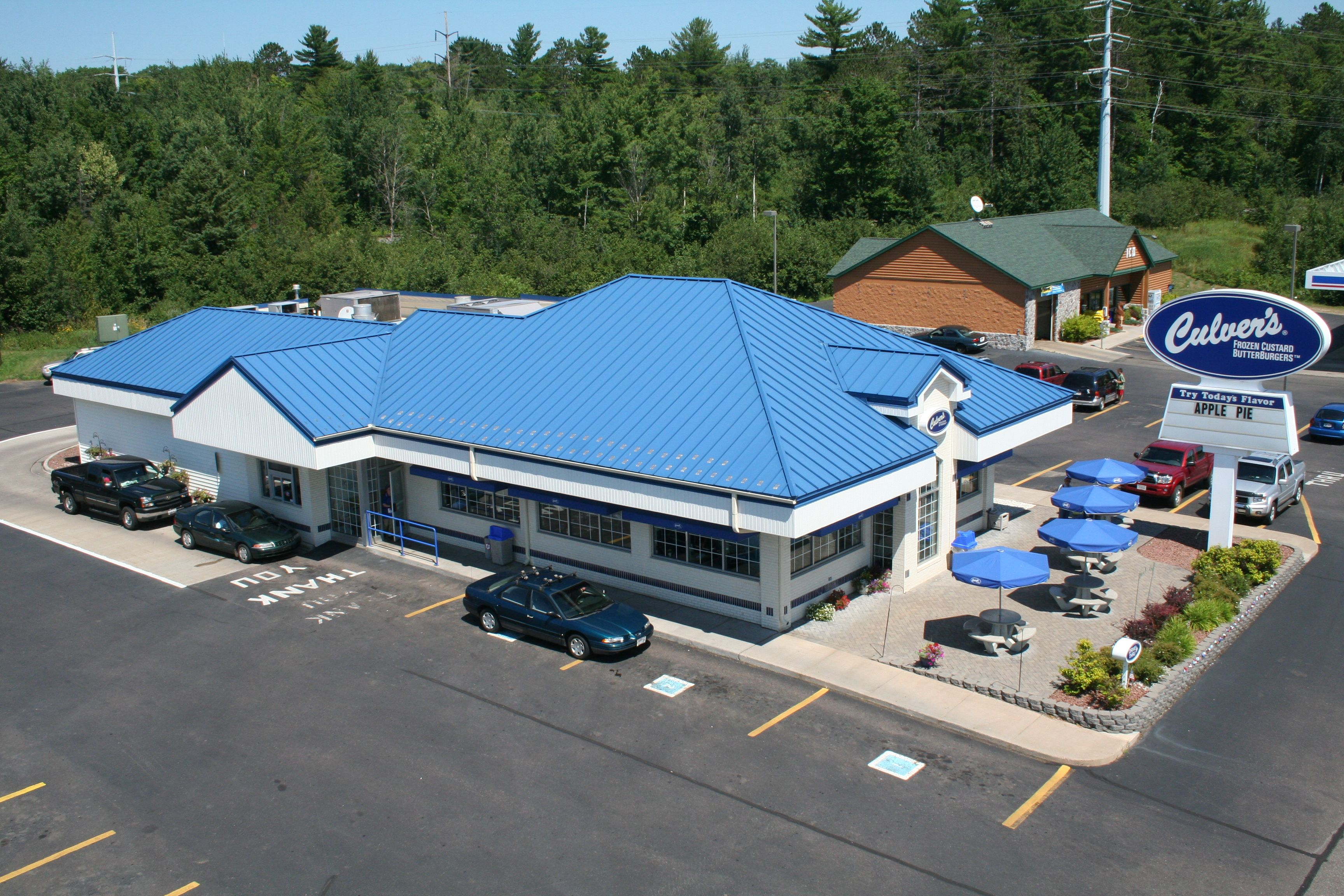 Best Standing Seam Metal Roof In Royal Blue Metal Provided By 640 x 480